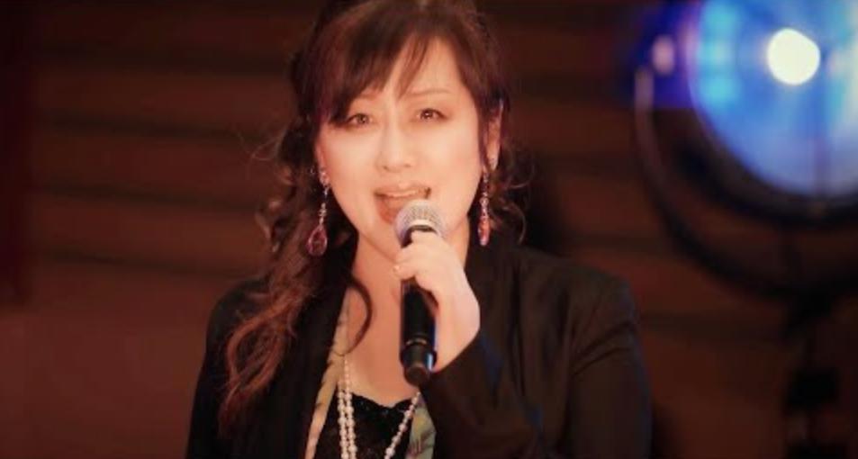 画像は『渡辺美里 Official YouTube Channel 2021年3月11日公開 YouTube「【スタジオライブ】『10years 2021ver.』」』のサムネイル